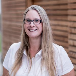 Bettina Rupp | Dr. Frank Häfner – Ihr ganz persönlicher Zahnarzt